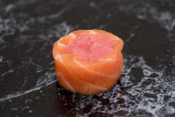 Enrolado de salmão com atum