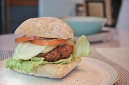 Tess Impossible Burger