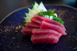 Sashimi Atum - 8 Cortes