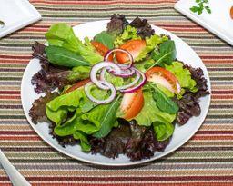 Monte sua salada.