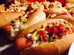 3 hot dogs ''n11'' tradicional cheddar (combo família)