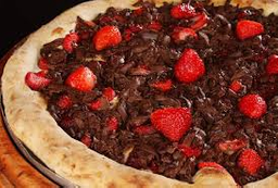 Pizza de Chocolate com Morango - Gigante