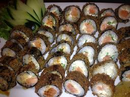 30 peças de hots philadelfias de salmão