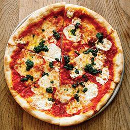 Pizza média - 30cm / 6 fatias