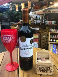 Vinho Carmenére Santa Carolina reservado