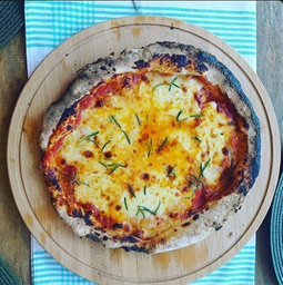 Pizza Vivace Laura