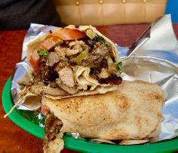 Shawarma frango com faláfel