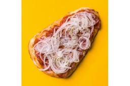 Pizza de Calabresa Acebolada - Pedaço