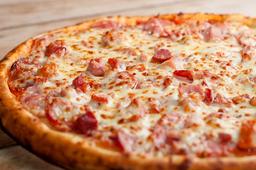 Pizza de Calabresa com Requeijão