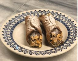 Cannoli Nutella