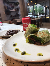 01 Steak Wrap mais 01 Coca-Cola Original - 350ml