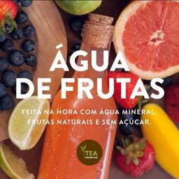 Água de Frutas de Abacaxi, Morango e Limão