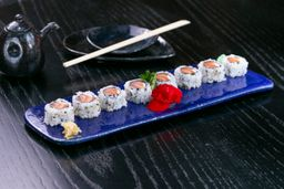 Uramaki de Salmão com Cream Cheese