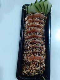 Sashimi Salmão na Crosta de Gergelim
