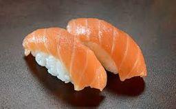 Niguiri Sushi de Salmão