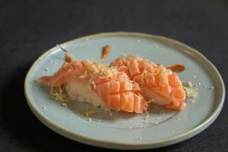 Sushi de Barriga de Salmão ( Toro)