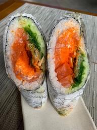 Poke Roll Salmon