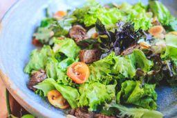 Salada de Filé Mignon com Castanhas