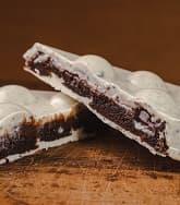 Barra de chocolate branco recheada