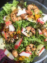 Salada Almafitana com Camarões