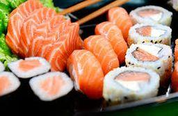 Combinado Maki Sushi - 32 Unidades