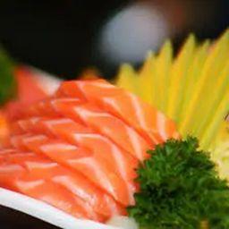 Porção de Sashimi de Salmão - 16 Unidades