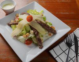 Salada Caesar com Filé Mignon