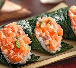 Combo temaki de salmão