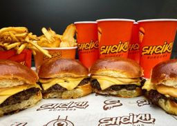 Combo - 4 Burgers Simples com 2 Batatas e 4 Bebidas
