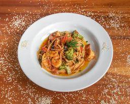 Spaguetti Frutos do Mar P/ 2 Pessoas