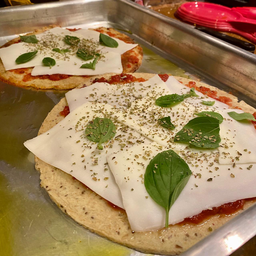 Massa de pizza de batata doce congelada