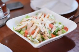 Salada Caesar Salad