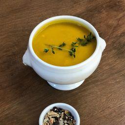 Sopa de Mandioquinha com Alho Poró
