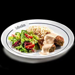Le Falafel, arroz cateto e salada verde