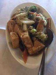 Tofu com Cogumelo Shitake e Legumes