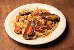 Espaguete de Frutos de Mar