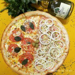 Compre 1 Pizza Tradiconal e ganhe 1 Refri 1,5L