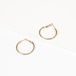 Brincos de argola simples dourado