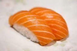 Sushi Salmão Selado