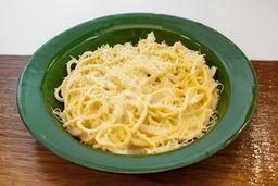 Espaguete de 4 queijos