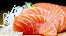 Sashimi de Salmão Flambado - 4 Unidades