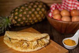 Omelete Frango ao Curry e Salada