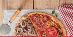 Pizza 3 Sabores Salgada - Média