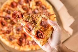 50% OFF - Pizza Média - Família Bacon