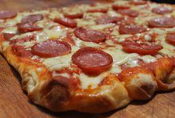 Pizza de Calabresa - 30cm
