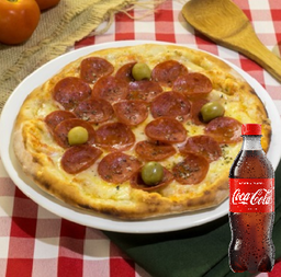 Combo pizza de  Pepperoni coca 600ml