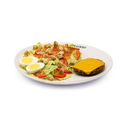 Caesar Salad Falafel Burger Vegetariano