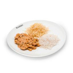 Strogonoff Vegetariano com Batata Palha