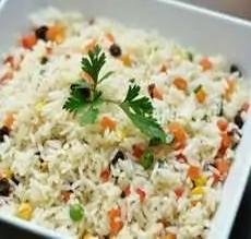 Porção de arroz a la grega
