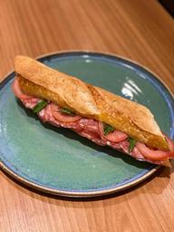 Baguete com Salame Italiano